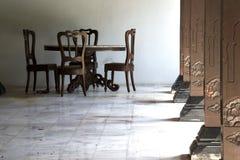 chairs kolonntabellen Arkivfoton