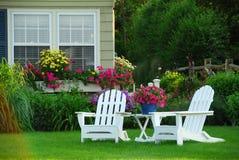 chairs lawn två Arkivbilder