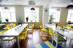 chairs room tables Στοκ εικόνες με δικαίωμα ελεύθερης χρήσης