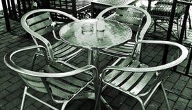 chairs utomhus- tabeller Royaltyfria Bilder