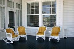 Chairs_Waiting para a conversação imagem de stock