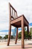 Chaise cassée sur les nations de DES d'endroit, Genève Photographie stock