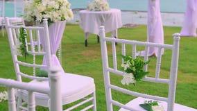 Chaise dans l'arrangement de mariage banque de vidéos