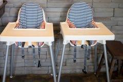 Chaise de bébé au restaurant Images libres de droits