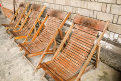 Chaise en bambou jaune Photographie stock libre de droits