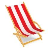 Chaise longue di legno della spiaggia isolate su bianco Immagine Stock