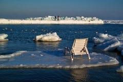 Chaise longue su una banchisa Fotografia Stock Libera da Diritti