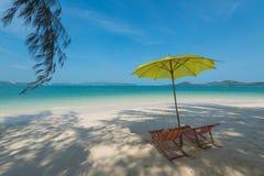 Chaise sur la plage Image stock
