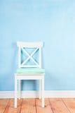 Chaise sur le bleu Images libres de droits