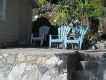 Chaises de patio photographie stock libre de droits