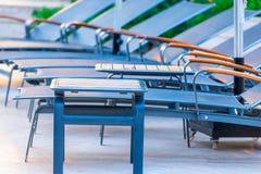 Chaises vides tirées par plan rapproché Photographie stock libre de droits