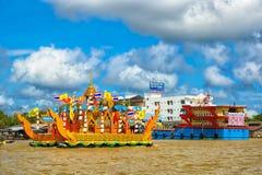 Chak Phra-Boot Chak Phra Festival Stockbilder