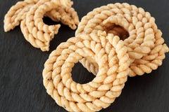 Chakli或Murukku普遍的素食螺旋塑造了酥脆油炸快餐 库存照片