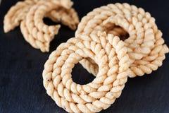 Chakli lub Murukku jarosza popularna spirala kształtująca chips smażąca przekąska zdjęcie royalty free