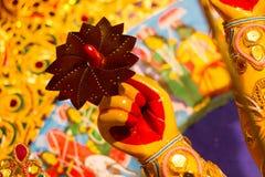 Chakra en el finger del durga de la diosa adoración de ídolo hindú de la mitología Imagen de archivo libre de regalías