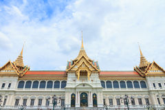 Chakri Maha Prasat Throne Hall. Royaltyfria Foton