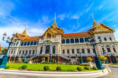 Chakri Throne Hall in the human perspective . Chakri Throne Hall in the Grand Palace, Wat Phra Kaew in Bangkok, Thailand . Thailand or destinations . Many stock images