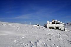 Chalé no inverno Imagem de Stock Royalty Free