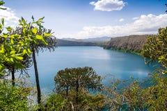 Chala jezioro na granicie Kenja i Tanzania, Afryka Zdjęcie Stock
