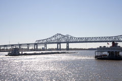 Chaland sur le Fleuve Mississippi Photos libres de droits