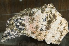 Chalcopyrite, Quartz, Calcite and Sphalerit Royalty Free Stock Photos