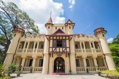 Chaleemongkolasana uppehåll på den Sanamchandra slotten Arkivbild