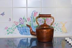 Chaleira de chá de cobre Fotografia de Stock