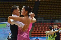 Chalenge de la danza de salón de baile en Tailandia Imagen de archivo libre de regalías