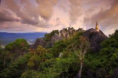 Chalermprakiattempel bij zonsopgang, Lampang, Thailand Royalty-vrije Stock Afbeelding