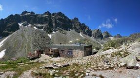 Chalet alpestre dans haut Tatras Photo stock
