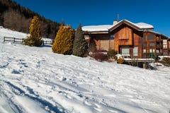 Chalet alpino Fotografía de archivo libre de regalías