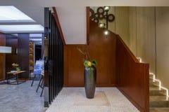 Chalet casero interior de lujo moderno de la sala de estar de la sala del diseño Imagen de archivo