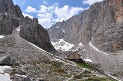 Chalet in de berg stock foto