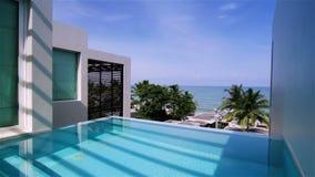 Chalet de lujo con la piscina privada metrajes