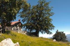Chalet de montagne Photos libres de droits