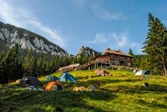 Chalet de montagne Photographie stock libre de droits