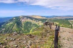 Chalet de pré de hutte de montagne Photographie stock