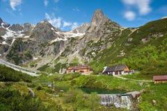 Chalet della montagna Pri Zelenom di Chata prego in alte montagne di Tatra, Slovacchia Fotografie Stock Libere da Diritti