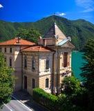 Chalet en la ciudad de Lugano Fotografía de archivo libre de regalías