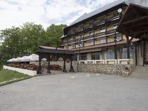 Chalet för `-Trei Brazi `, Rumänien Arkivfoton