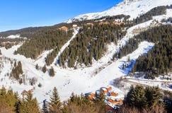 Chalet op de hellingen van de vallei Meribel Ski Resort Meribel stock foto's