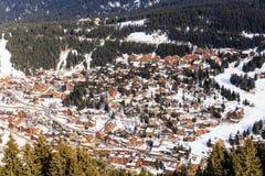 Chalet op de hellingen van de vallei Meribel Ski Resort Meribel stock foto