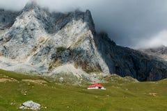 Chalet reale nel parco nazionale dell'europa di Picos da Immagine Stock Libera da Diritti