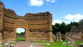 Chalet romano Adriana de las ruinas en Tivoli Roma - Lazio - Italia almacen de metraje de vídeo