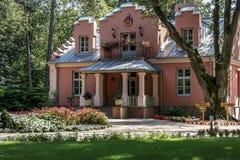 Chalet Rozana en Naleczow, Polonia Imagen de archivo libre de regalías