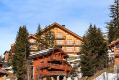 Chalet sui pendii della valle Meribel Ski Resort Meribel Fotografia Stock Libera da Diritti
