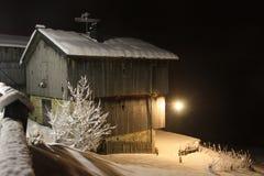 Chalet sulla neve Fotografia Stock