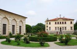 Chalet Valmarana o enanos en Monti Berici cerca de Vicenza Italy Imagen de archivo libre de regalías