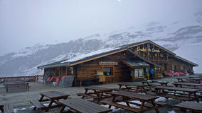 chaleten skidar Arkivfoton