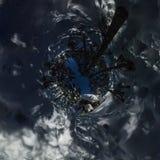 360 chalets et surf des neiges de panorama dans la forêt d'hiver sous une étoile Photos stock
